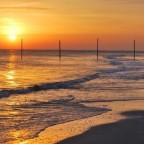 Eigenartiger Weise fotografiere ich keine Sonnenuntergänge....(kann es mir nicht erklären) Hier geht die Sonne in Wangerooge auf.